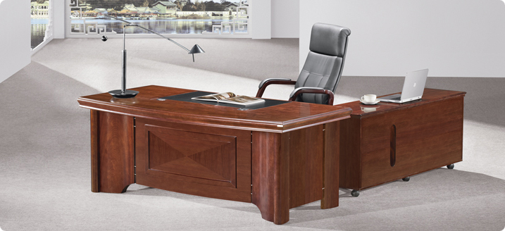 Stylish light walnut executive office desk 70202