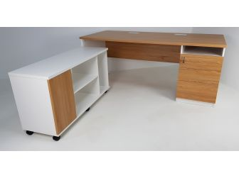 Quality Executive Desk Light Oak With White 1800mm JFS181